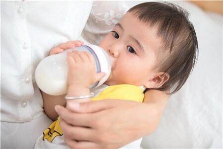 夏天宝宝喝奶温度可以低点吗